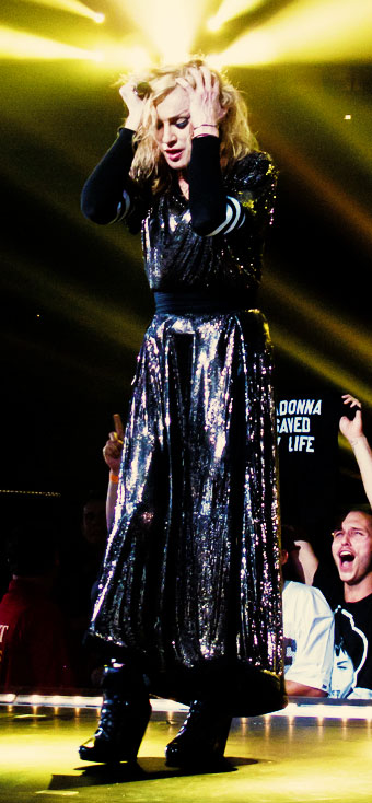 MDNA Tour I'm addicted