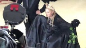 madonnabr-madonna-e-jean-paul-gaultier-no-red-carpet-do-metgala.mp4
