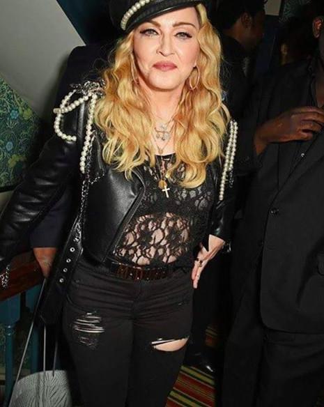 Madonna à l'exposition de Mert & Marcus