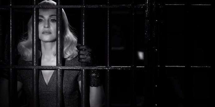 Madonna dans Secret Project réalisé par Steven Klein