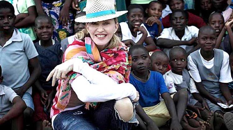 Madonna et le SIDA : le combat d'une vie