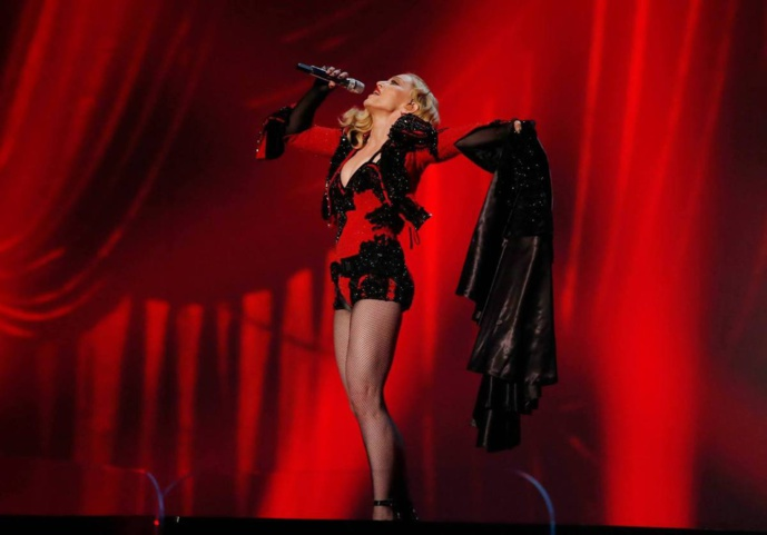 Madonna : Living For Love - Live Grammy's 2015