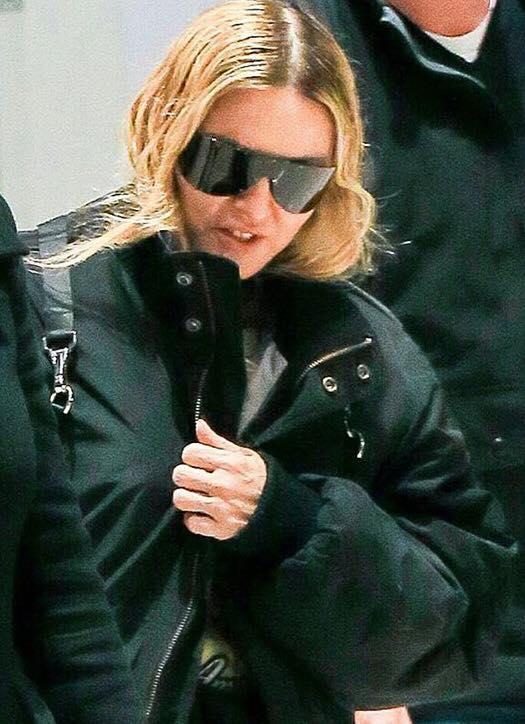 Madonna vue à l'aéroport de NYC