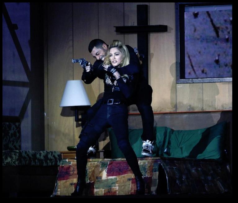 """Yaman Okur à NOM : """"J'ai vu le DVD à NY avec Madonna et c'est WAW!!"""""""