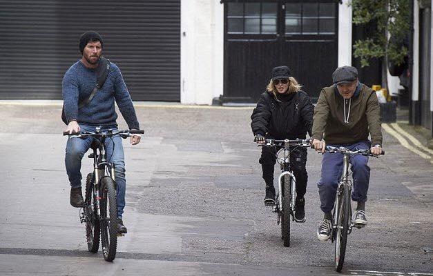 Madonna aperçue dans les rues de Londres