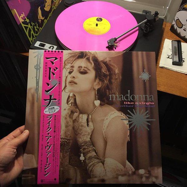 LIKE A VIRGIN : Le Vinyl collector