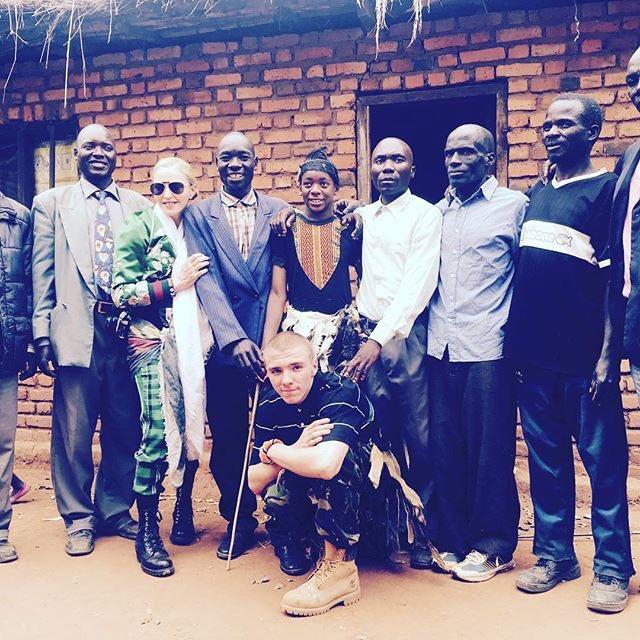 David Receives his Ngoni tribal name in his ancestral village. 😂🎉🌍🇲🇼🇲🇼🇲🇼❤️