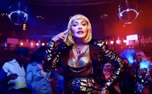Madonna s'insurge contre la police