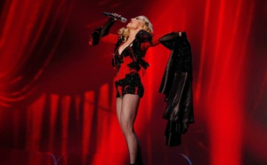 Madonna : Living For Love - Live Grammy's 2015