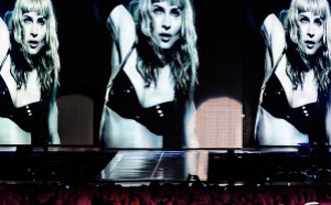 The Sticky & Sweet Tour (live)