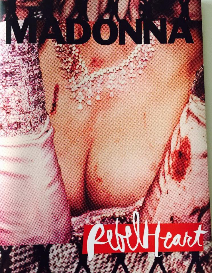 rebel_heart_tour_book1