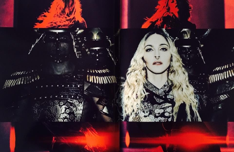rebel_heart_tour_book37
